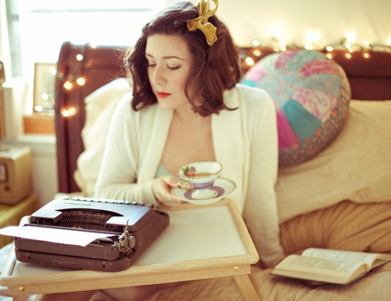 girl-with-book-typewritter-bow