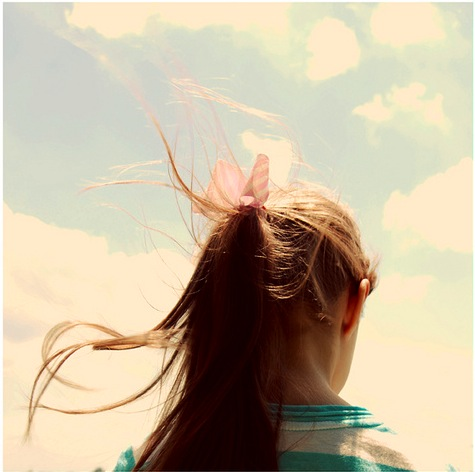 Girl-With-Ponytail-Bow