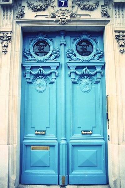 blue-door-paris-1