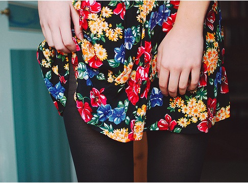 floral-skirt-tights-girl
