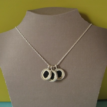 silhouette-necklace-4