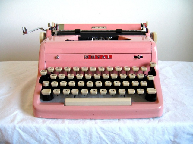 pink-royal-typewriter-1