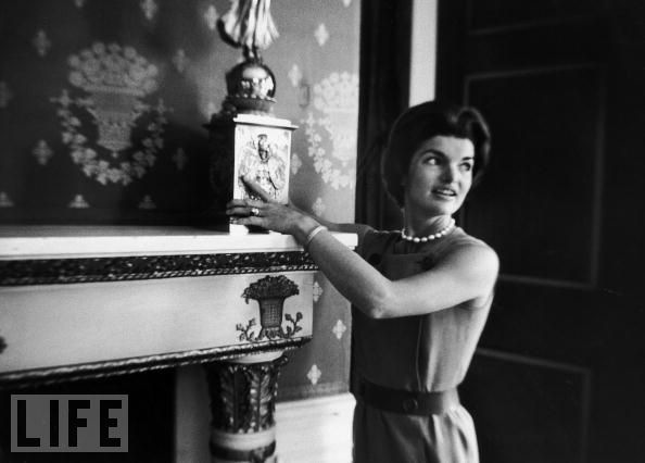 jacqueline-jackie-kennedy-white-house-restoration-13