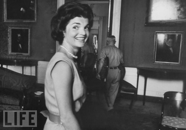jacqueline-jackie-kennedy-white-house-restoration-14
