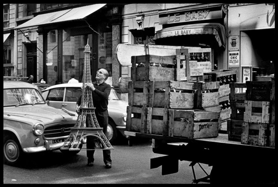 elliott-erwitt-paris-4