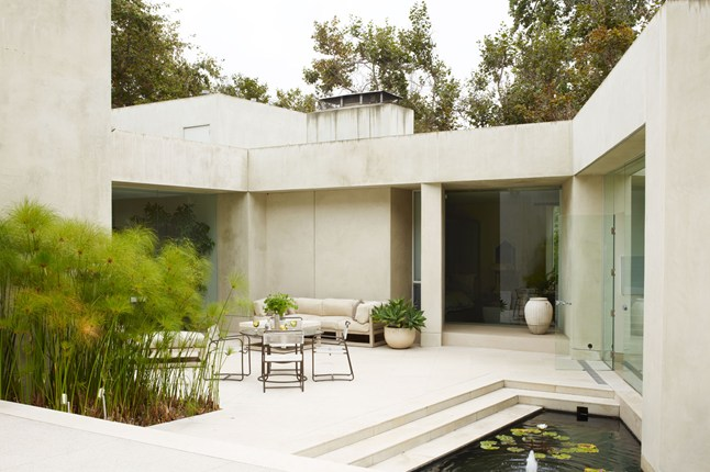Michael-S-Smith-House-modernist-los-angeles-house-home-garden-6
