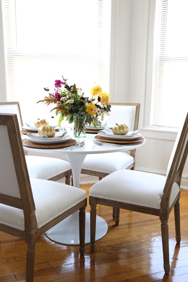 katie-armour-thanksgiving-autumnal-fall-table-setting-dinner-party-pottery-barn-7