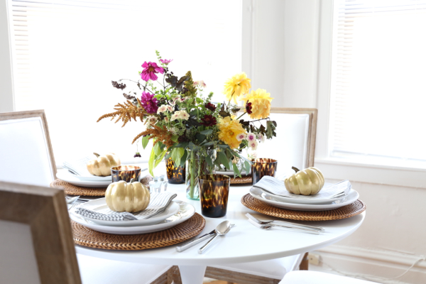 katie-armour-thanksgiving-autumnal-fall-table-setting-dinner-party-pottery-barn-8