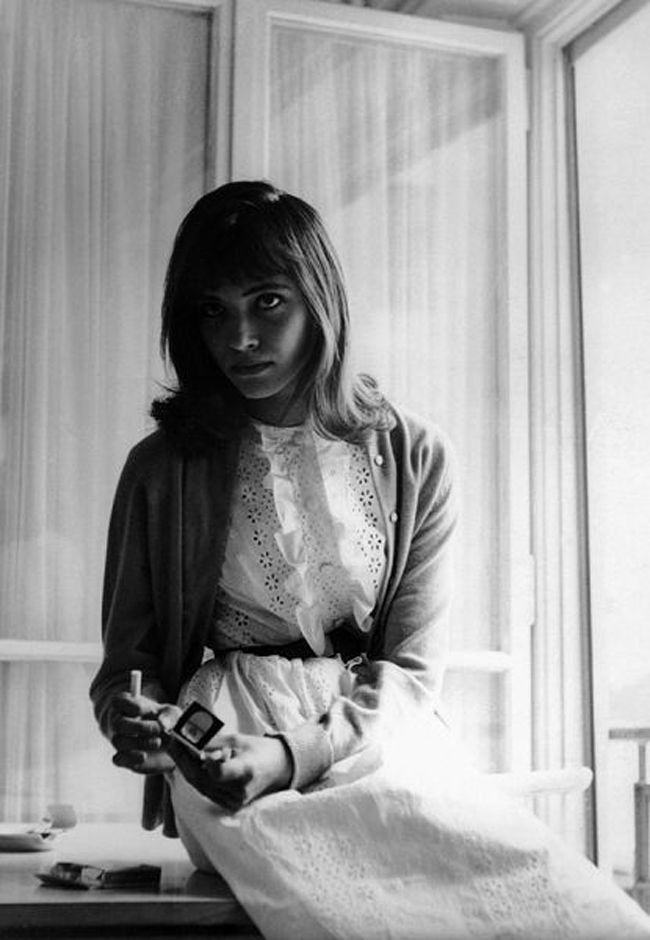 Anna-Karina-the-little-soldier