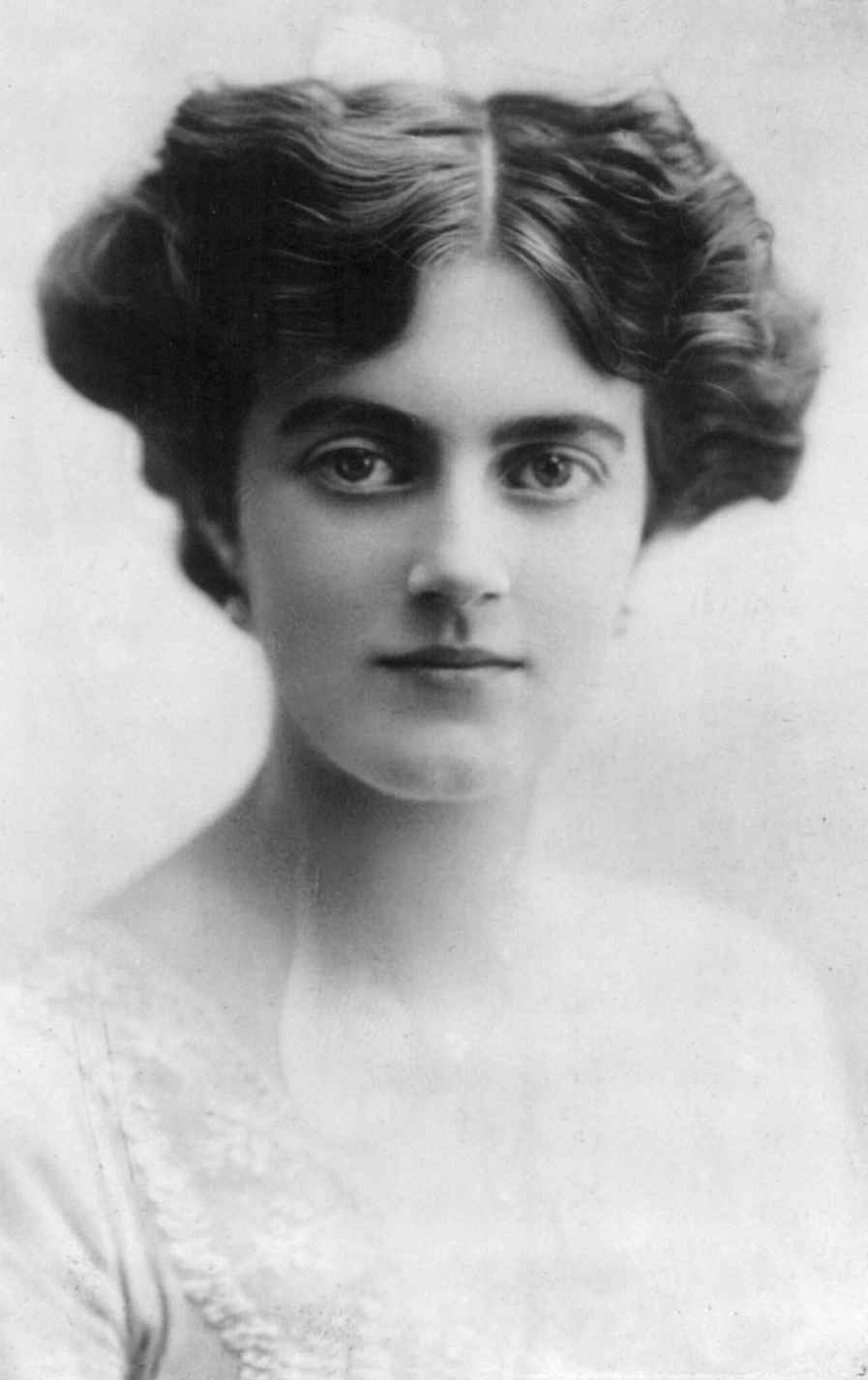 6 Fun Facts About…Lady Clementine Spencer-Churchill