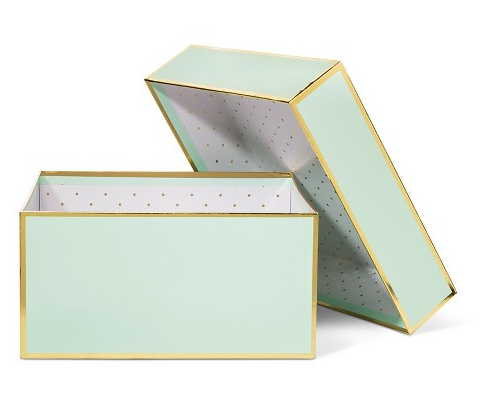 mint-gold-gift-box-sugar-paper