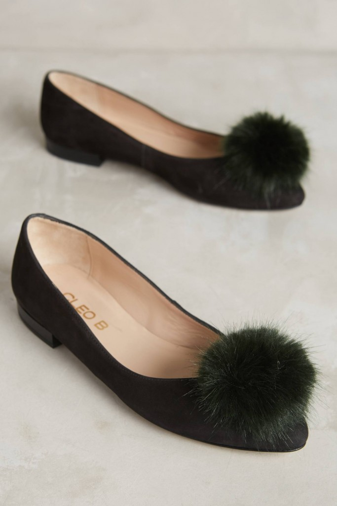 pom-pom-leather-flats