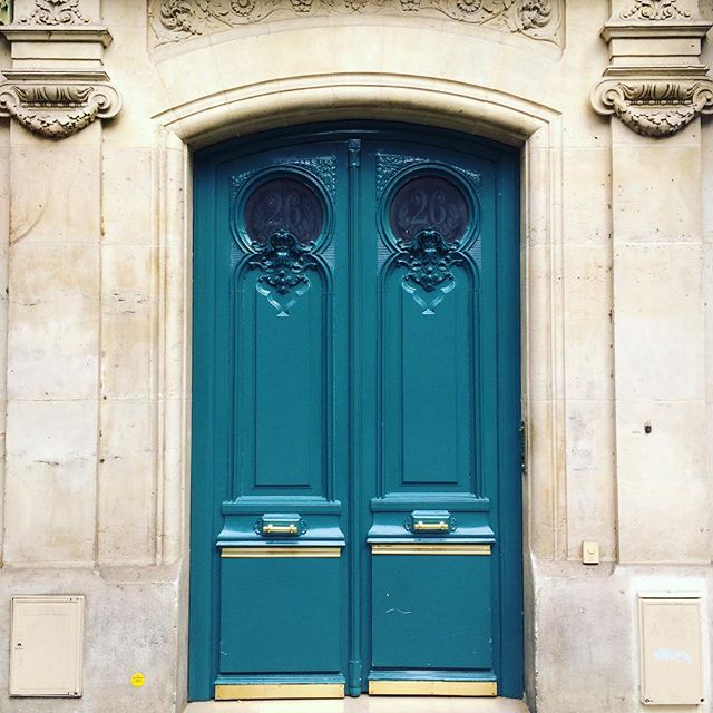 turquoise-door-paris-katie-armour-taylor