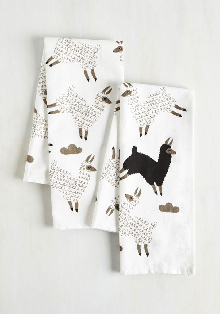 alpaca-tea-towel-set-black-white