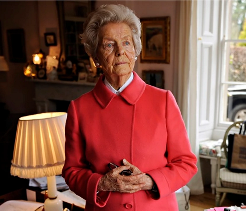 deborah-duchess-of-devonshire-mitford-sothebys-auction-12