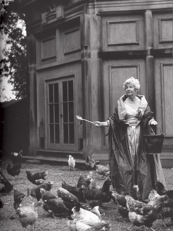 deborah-duchess-of-devonshire-mitford-sothebys-auction-9