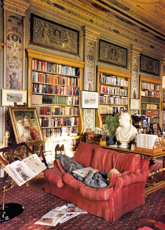 duke-of-devonshire-napping-library-chatsworth