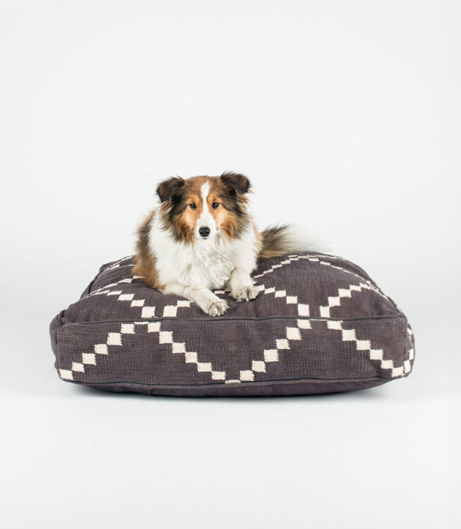 Etsy Dog Bed 28 Images Items Similar To Custom Pet Bed