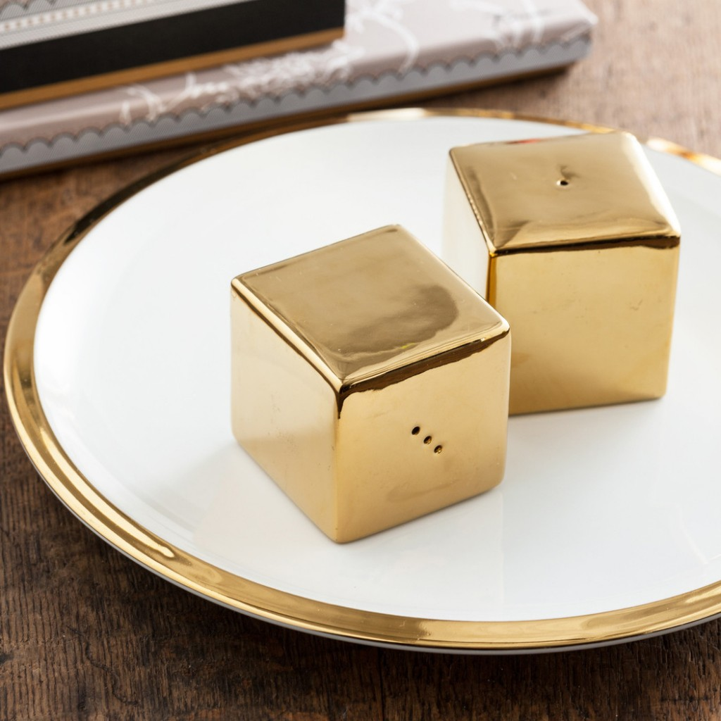 gold-cube-porcelain-salt-pepper-shakers