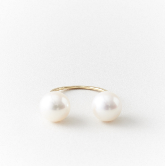 gold-pearls-ring