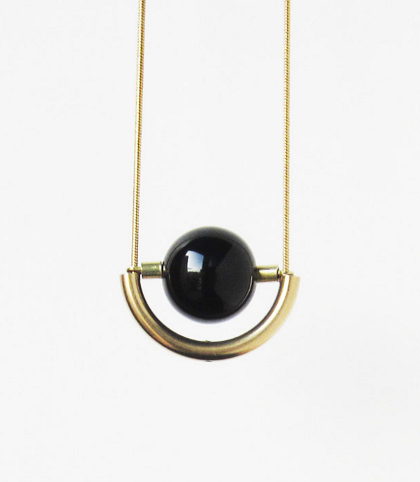 onyx-brass-gold-pendant-necklace