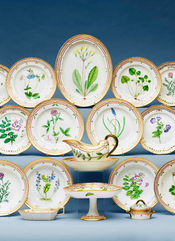 royal-copenhagen-danica-flora-service-porcelain-china-denmark-danish