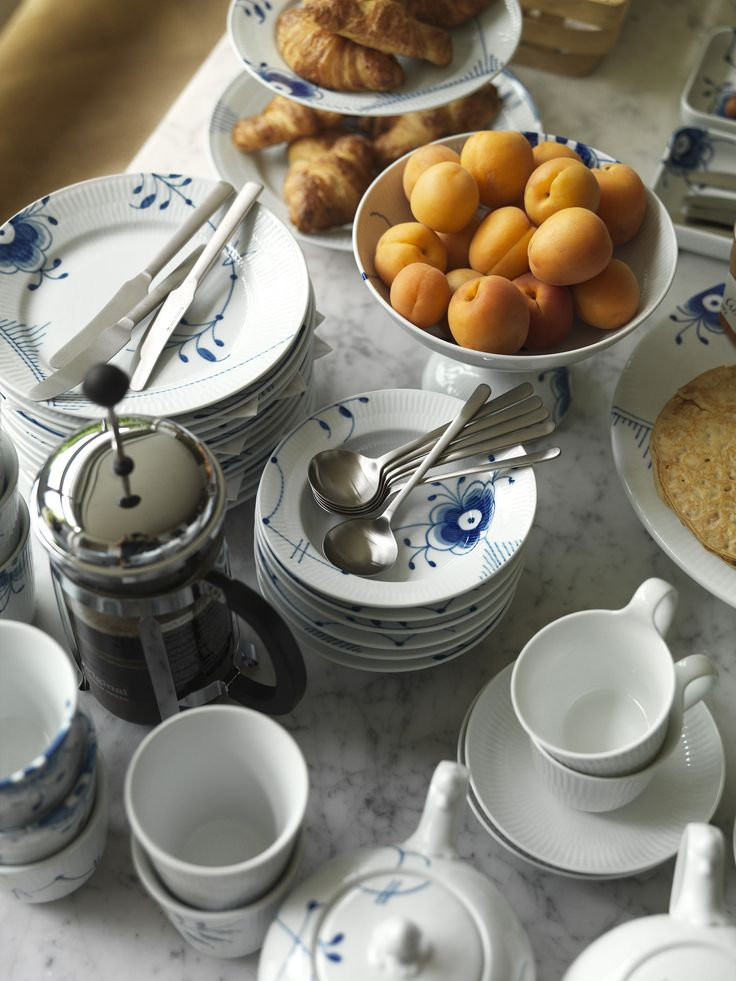 royal-copenhagen-denmark-danish-porcelain-china-dinnerware-design-entertaining