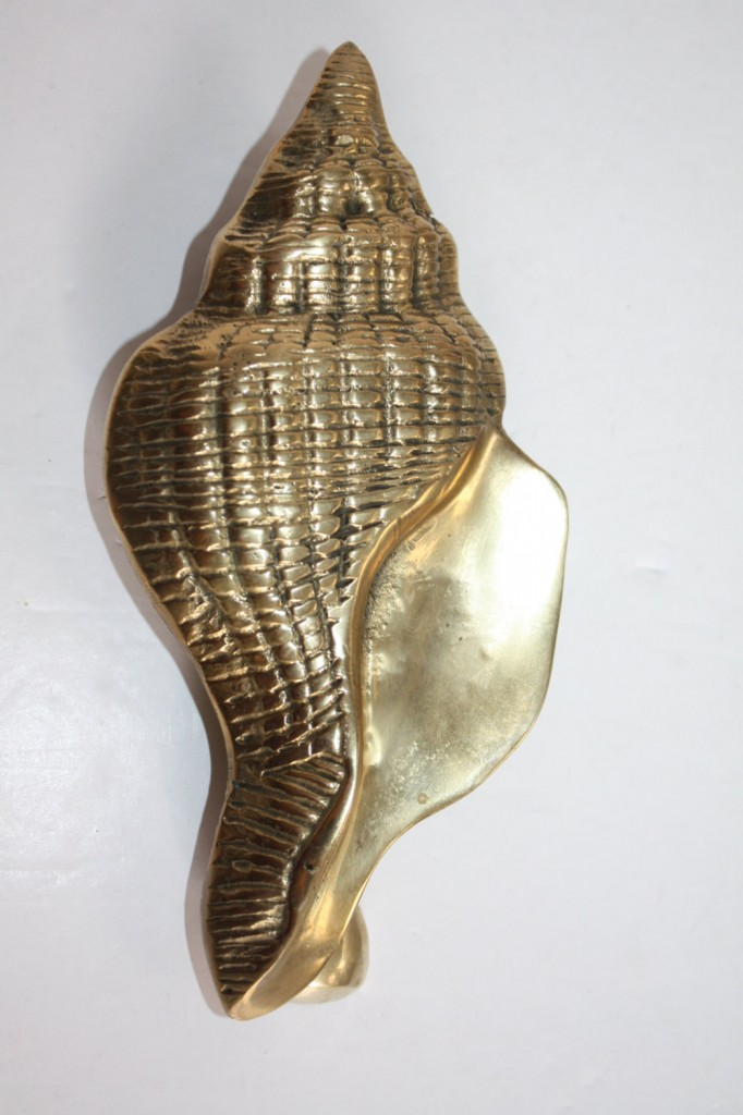 brass-seashell-door-knocker