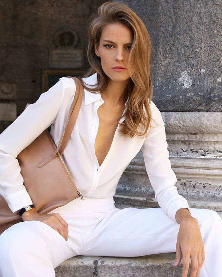 cuyana-leather-tote-bag-silk-blouse