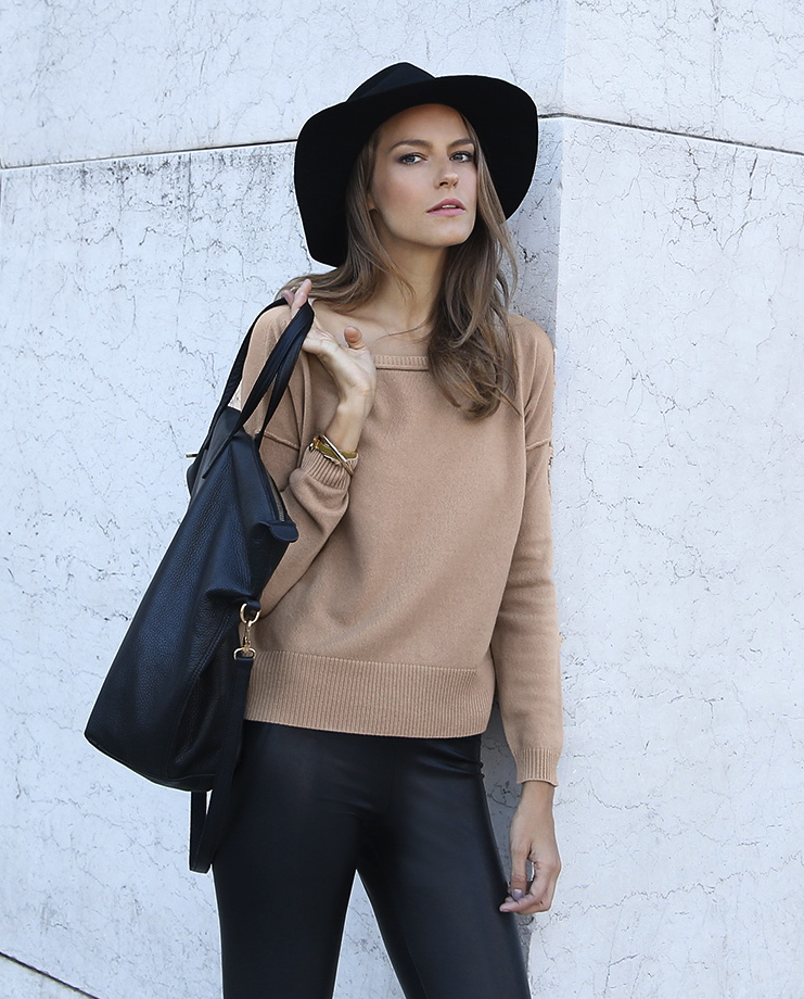cuyana-wool-cashmere-boatneck-sweater-camel