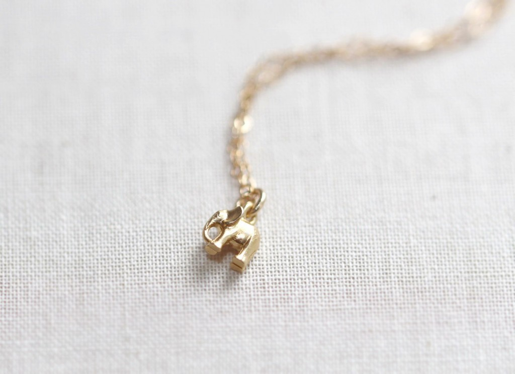 gold-elephant-necklace