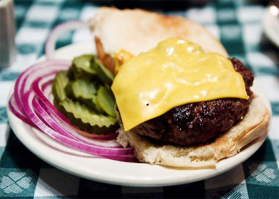 jgmelon-new-york-burger-upper-east-side-restaurant