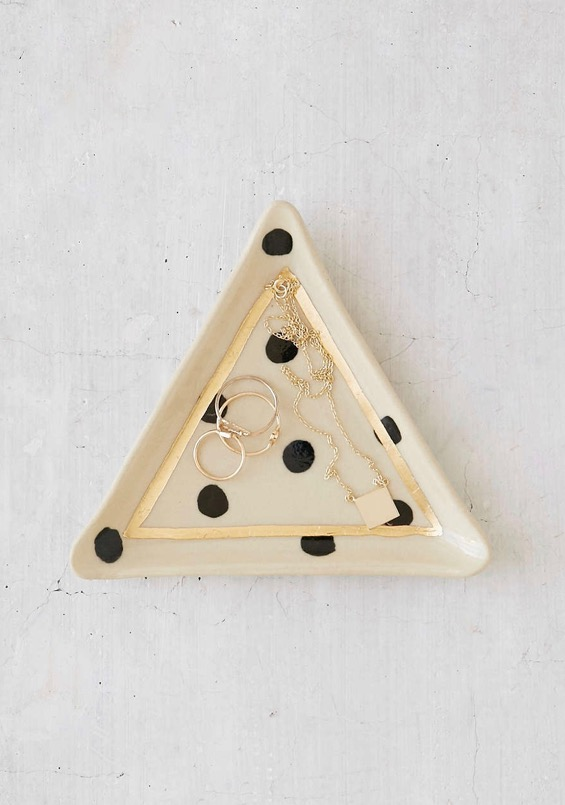 triangle-catch-all-dish-the-object-enthusiast
