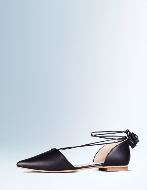 boden-usa-spring-2016-lace-up-flats-1