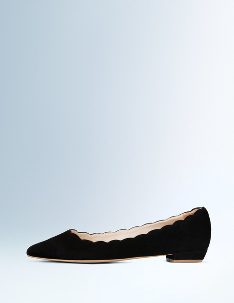 boden-usa-spring-2016-lace-up-flats-4
