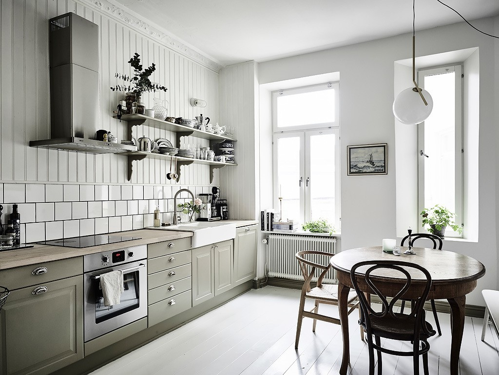 gothenberg-sweden-apartment-scandinavian-design-interiors-minimalist-1