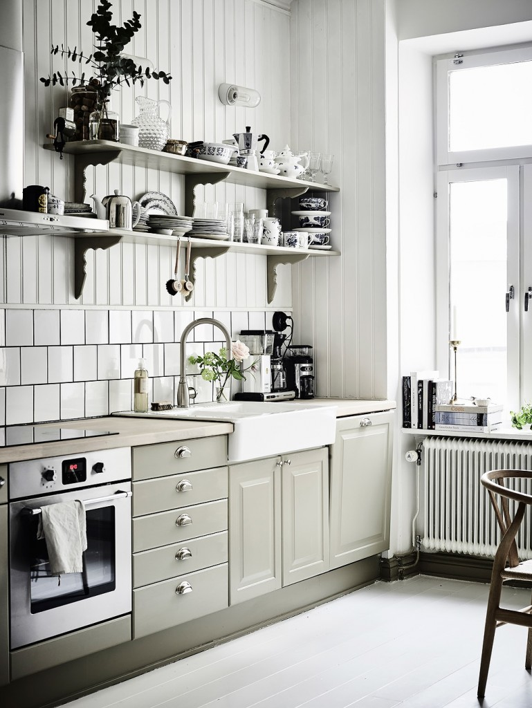 gothenberg-sweden-apartment-scandinavian-design-interiors-minimalist-2