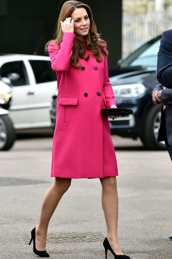 Duchess-of-Cambridge-kate-fashion-style-27Mar15