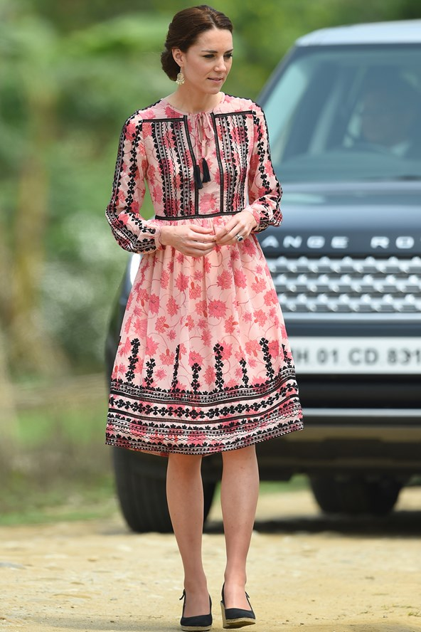 duchess-of-cambridge-kate-fashion-style-13apr16