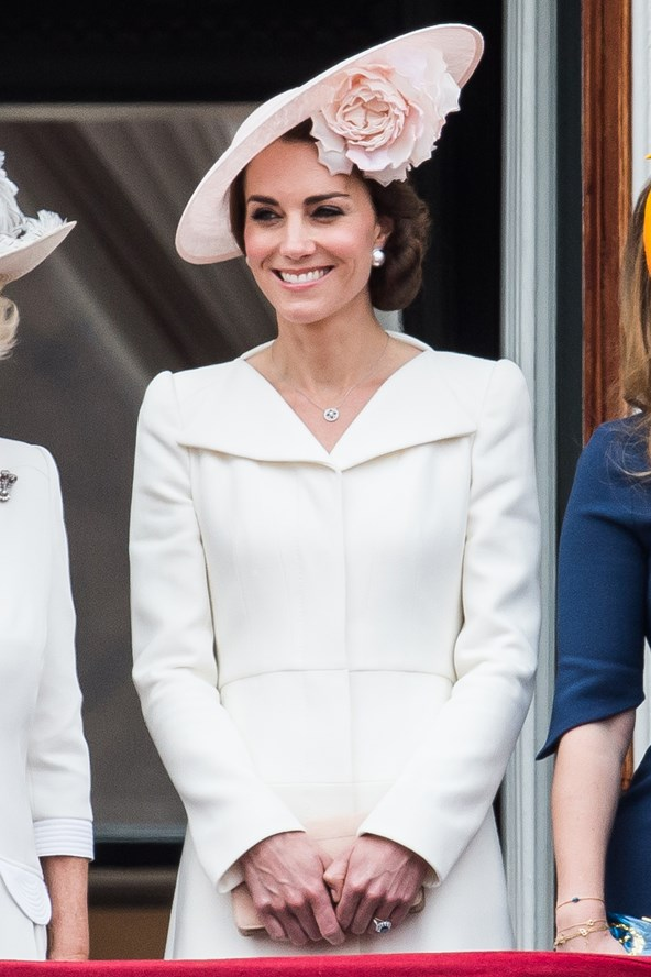 duchess-of-cambridge-kate-fashion-style-13june16