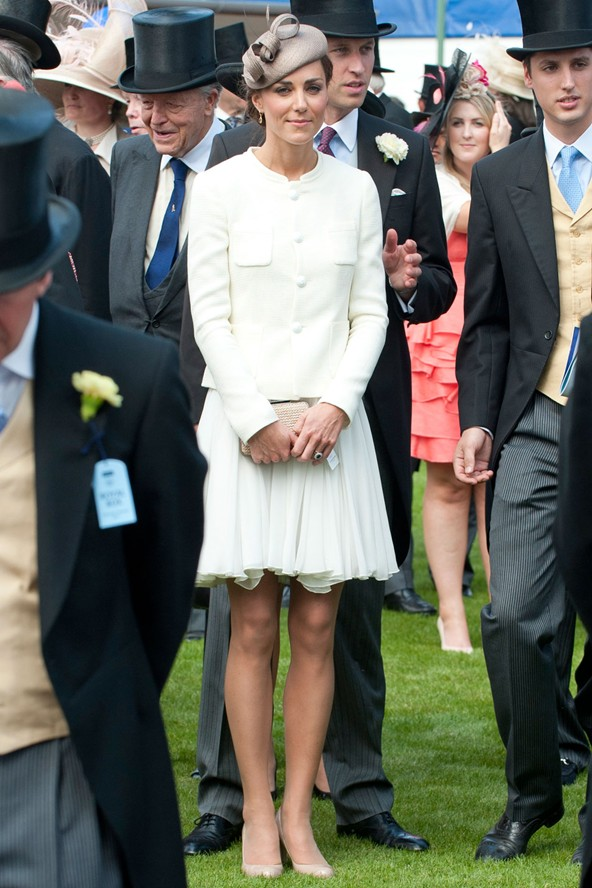duchess-of-cambridge-kate-fashion-style-6jun11