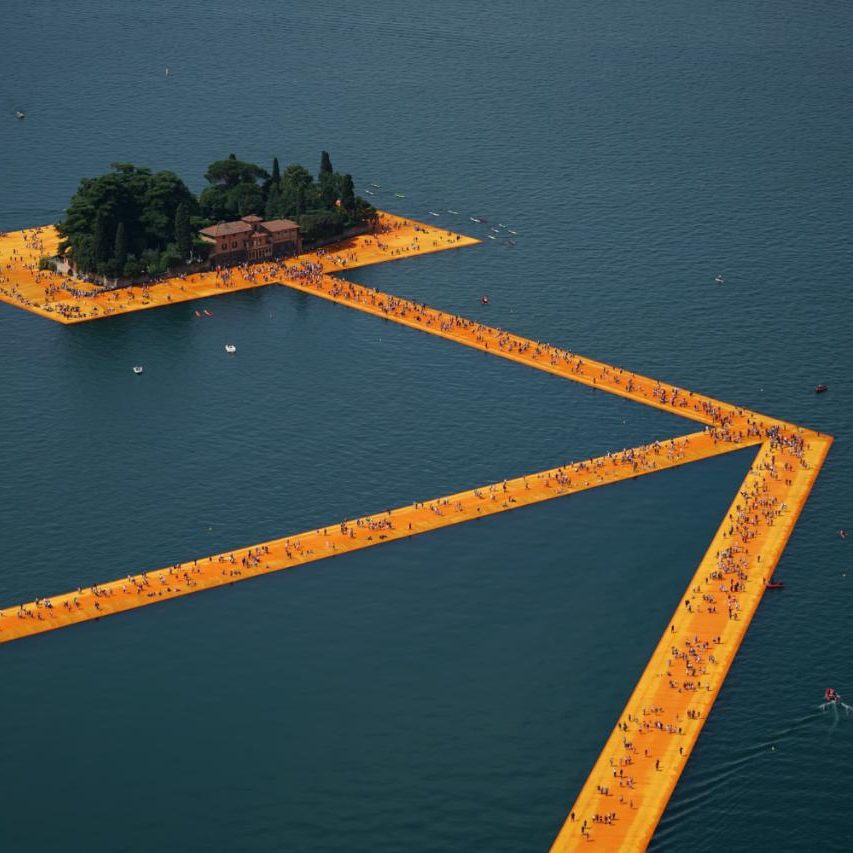 floating-piers-italy-christo-4