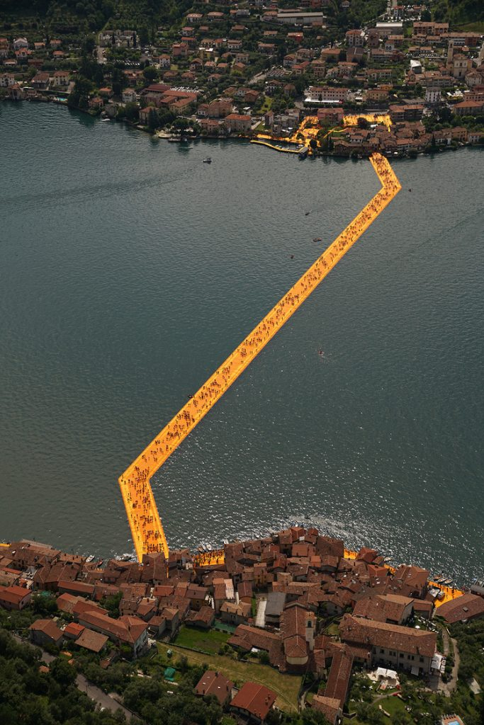 floating-piers-italy-christo-5