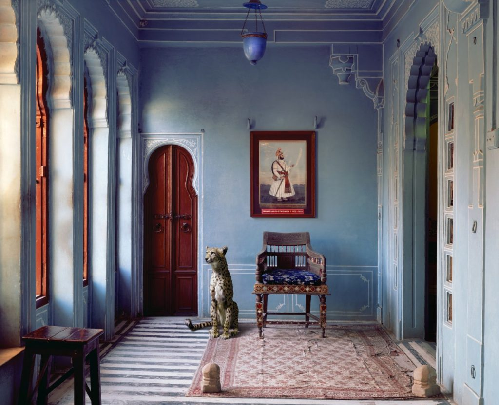 india-song-karen-knorr-photography-5