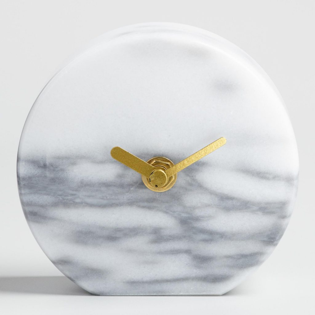 round-grey-marble-tabletop-clock