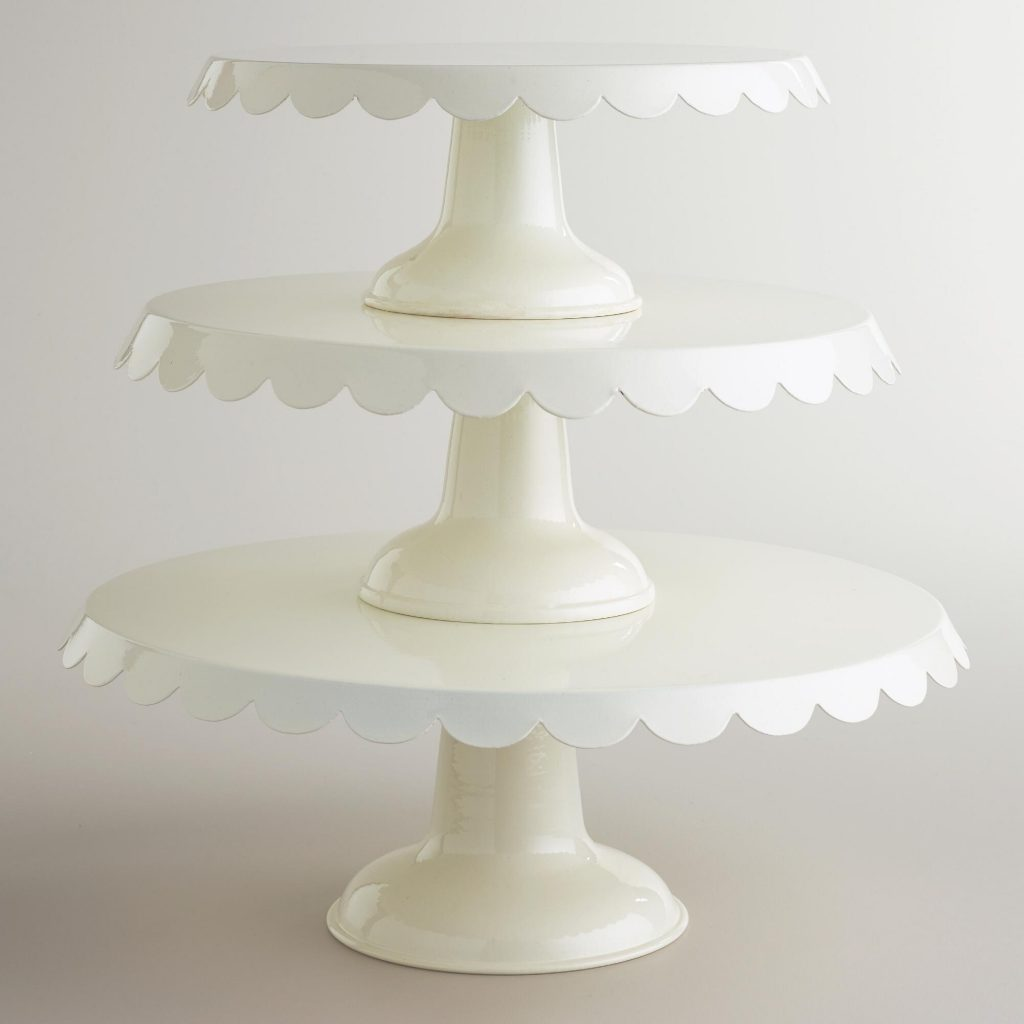 scallop-cake-stands-ivory