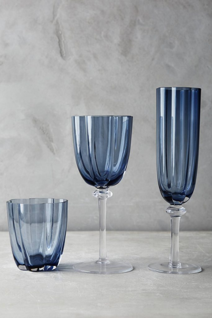 blue-scallop-glassware