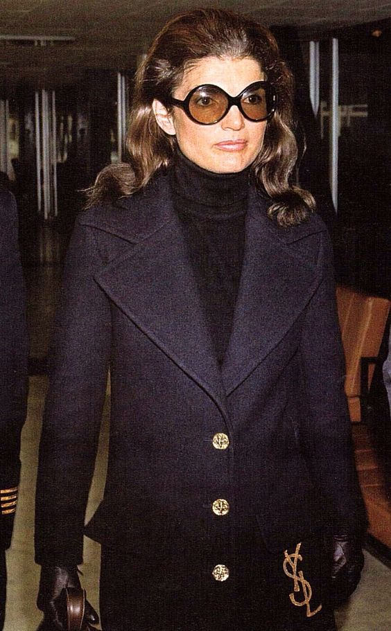 jacqueline-bouvier-kennedy-onassis-jackie-2