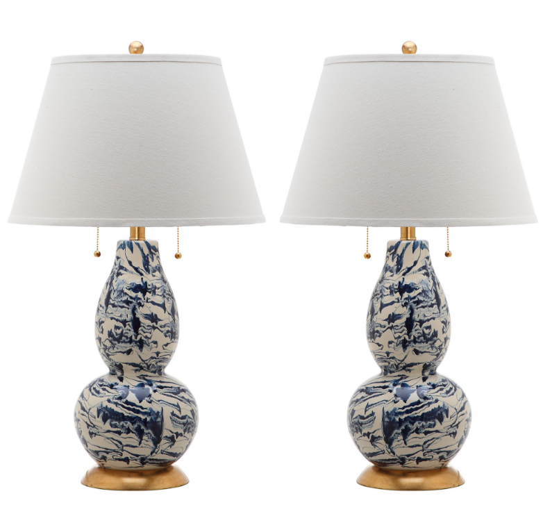 blue-and-white-swirl-table-lamp