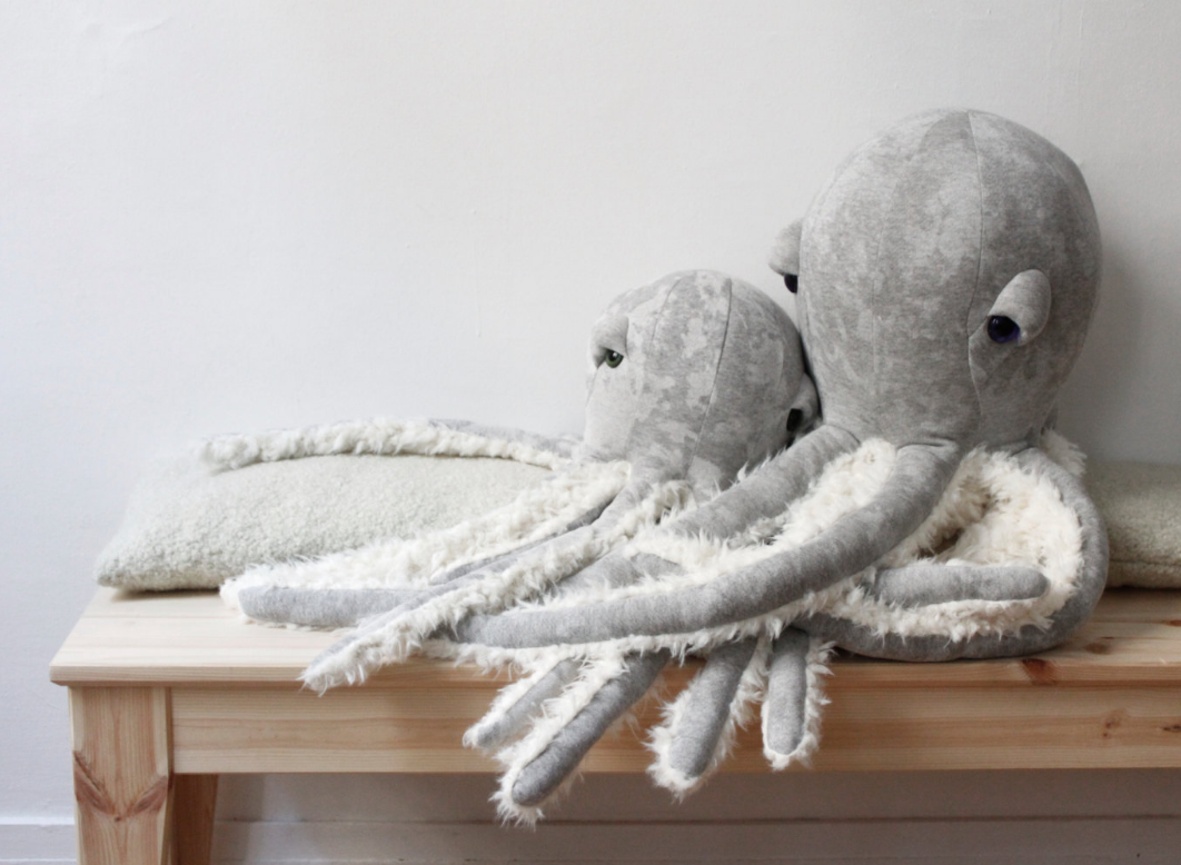 big-stuffed-octopus-animal-etsy-paris-1